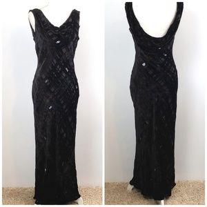 Valarie Stevens Black Bias Cut Velvet dress